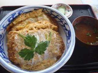 まんぷくセットのカツ丼 980円(平日限定)画像